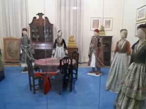 Ενδυμασίες Εθν. Ιστορικού Μουσείου