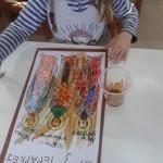 και με διαλυμένο στιγμιαίο καφέ κάναμε την εικόνα μας να φαίνεται σαν παλαιωμένο ξύλο...