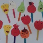 φρούτα με γλωσσοπίεστρα για τα προνήπια