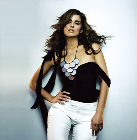 nelly-furtado.jpg