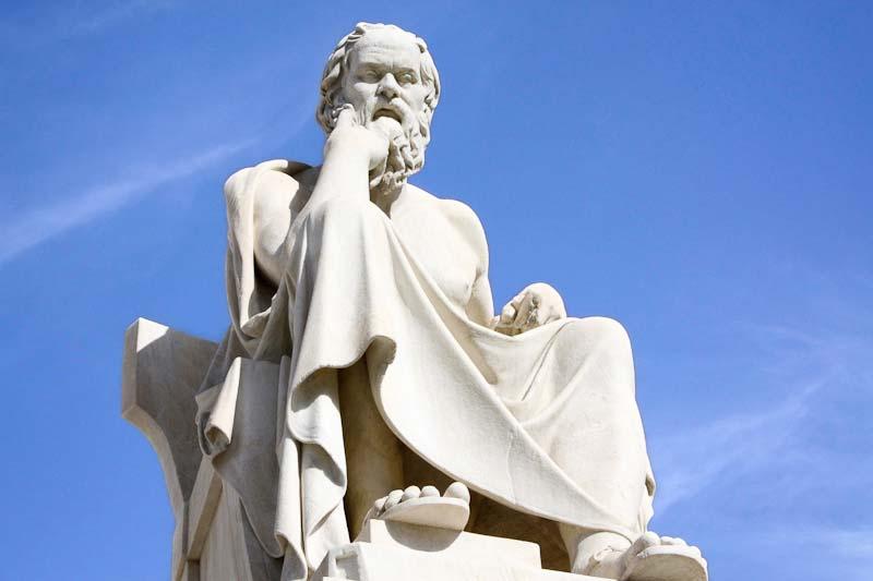 Sokrates-statue-athen
