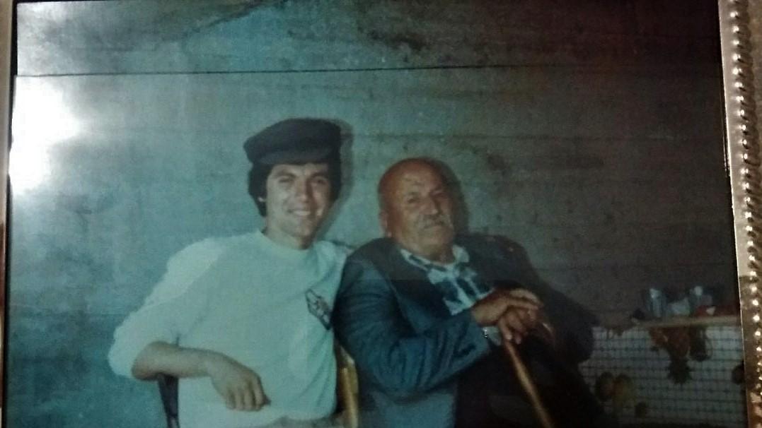 Νίκος Δημητρίου:Με τον αγαπημένο μου παππού!!!