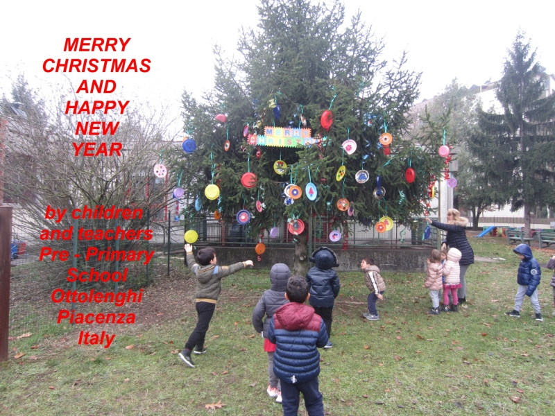 Christmas Tree Recycled Materials Big.2017