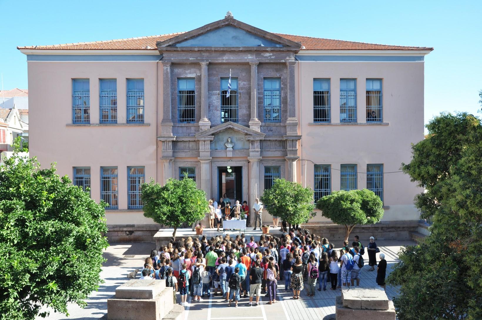Ντοκιμαντέρ:  «Ιστορία του σχολείου  μας»