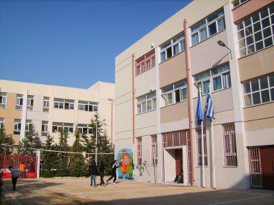 school-004_small.jpg