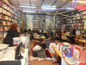 Η Ομάδα στη Βιβλιοθήκη