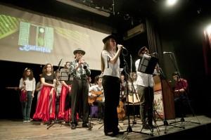 Από την παράσταση στο Βελβεντό, 25-4-2013