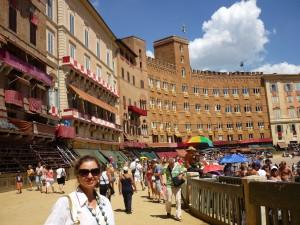 Siena (Piazza del Campo) - Amalia Eliade/Iliadi