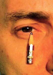 Συνεισφορά στο θρήνο και στη διαμαρτυρία για τις δολοφονίες στο γαλλικό περιοδικό Charlie Hebdo.