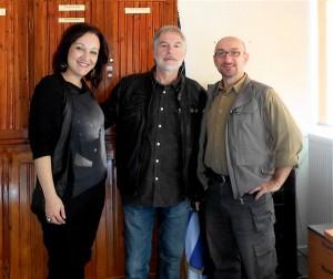 Συνάντηση ανήμερα της επετείου του Πολυτεχνείου: Μαρία, Γιάννης, Χάρης