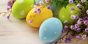 easter-eggs-background-wallpaper