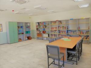 ..και η βιβλιοθήκη μας!