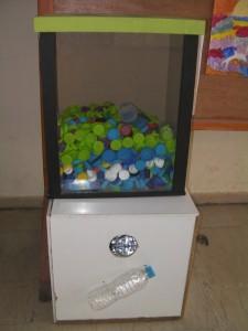 Καδοι για μπουκαλια και καπάκια 1