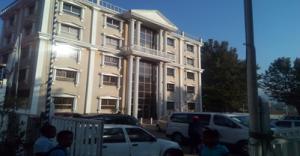 Κτήριο με τα γραφεία της Κοινότητας- εργαστήρια ηλ.υπολογιστων-βιβλιοθήκη-