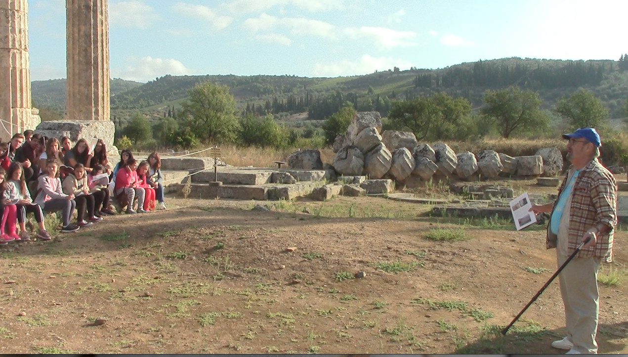 O αρχαιολόγος κος Μίλλερ μας ξεναγεί στην Αρχαία Νεμέα