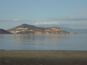 Παραλία του Αγίου Γεωργίου Η γαλήνια θάλασσα ξεκούρασε μαθητές και καθηγητές!!