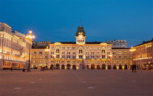 Piazza-Trieste_2726323b