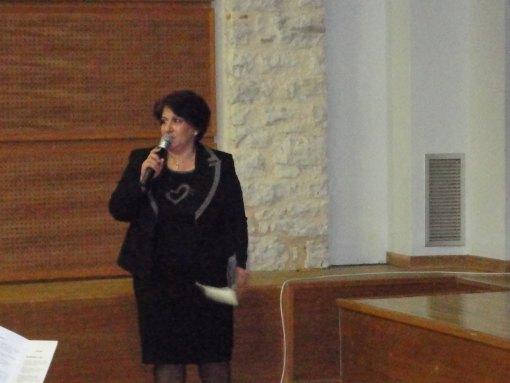 χαιρετισμός από την Διευθύντρια του Π.Π.Γ/σίου Ζωσιμαίας Σχολής Ιωαννίνων, κ Ερασμία Ζαβιτσάνου