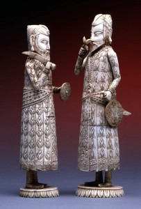 Counselor_and_King_chess_pieces