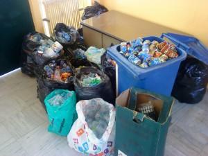 Συγκέντρωση ανακυκλώσιμων υλικών στο χώρο του σχολείου