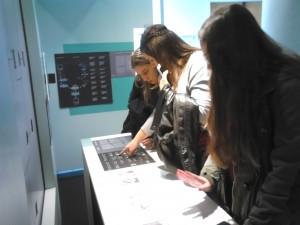 Β Τάξη στο Ίδρυμα Ευγενίδου - Ξενάγηση στη Διαδραστική Έκθεση Επιστήμης και Τεχνολογίας