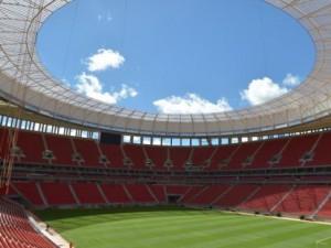 mane_garrincha_-_estadio_nacional_de_brasilia