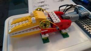 lego-wedo-1-hungry-alligator-03