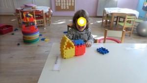 Χτίζοντας πύργους και σπιτάκια