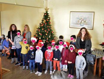 Οι μικροί μαθητές του 6ου 1/Θ Νηπιαγωγείου Ναυπλίου επισκέφθηκαν τον Οίκο Ευγηρίας Ναυπλίου