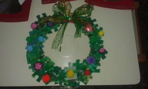 Έτοιμο το Χριστουγεννιάτικο στεφάνι για την πόρτα του Νηπιαγωγείου μας!!!