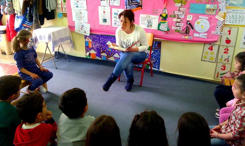 Η μαμά της Κασσιανής καθήλωσε με τα 3 μικρά λυκάκια,τόσο στην ανάγνωση,όσο και στη δραματοποίηση...