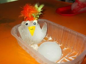 """""""Πουλί  με αβγό στη φωλιά του"""""""