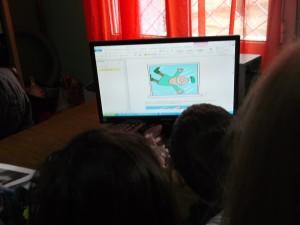 Ψάχνοντας στο διαδίκτυο ιδέες άλλων σχολείων!
