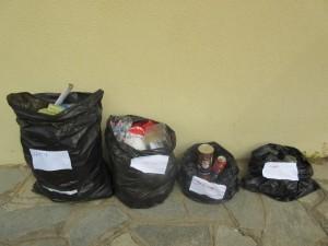 Ταξινόμηση ανακυκλώσιμων υλικών κατά είδος.