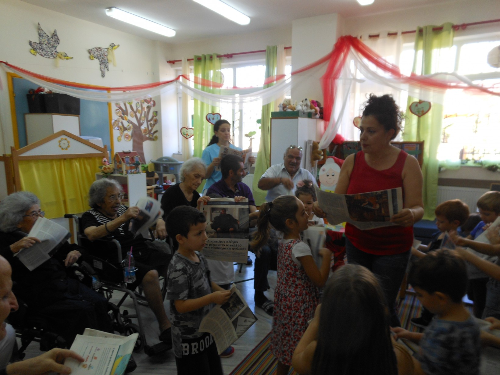 "H Ταινία μας «η γειτονιά της αγάπης» | Lena Verikaki ""Tο νηπιαγωγείο της  χαράς"""