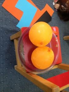 Τα μπαλόνια μας πάγωσαν...