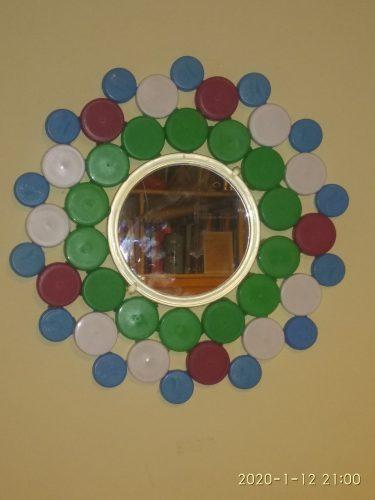 Καθρέφτης με πλαστικά καπάκια (NRD-010) 4€