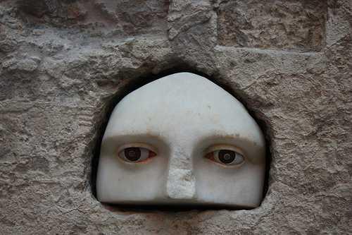 eyes-akropolis.jpg